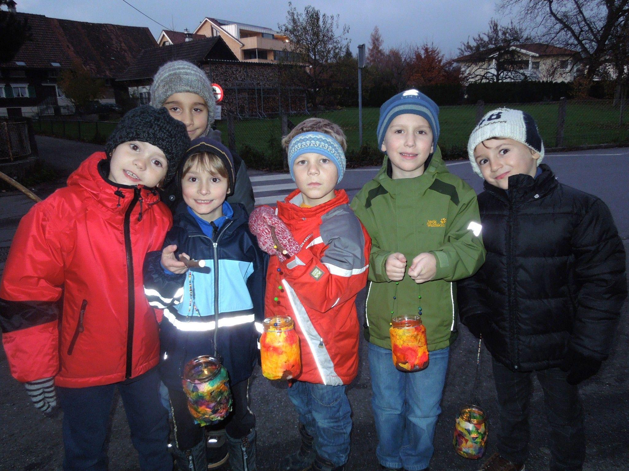 Das Lichter- und Laternenfest ist für die Kinder immer ein Höhepunkt im Schuljahr.