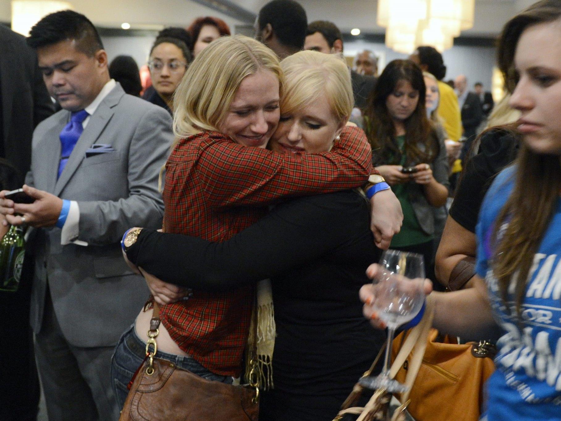 Unterstützerinnen von Barack Obama feiern den Wahlsieg des amtierenden US-Präsidenten.
