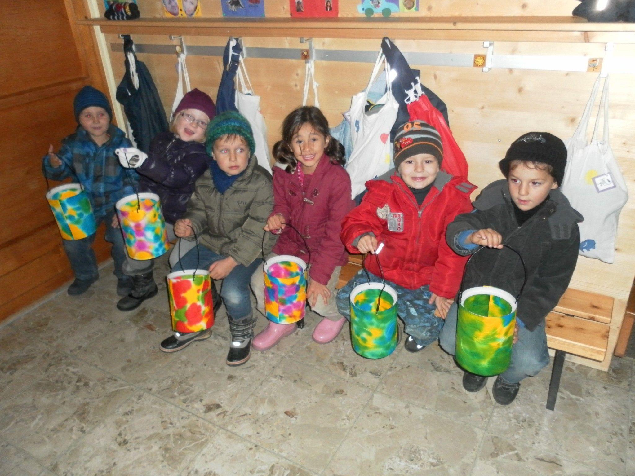 Gelungenes Laternenfest zu Ehren des Heiligen Martin am 9. November 2012 im Kindi Runa.