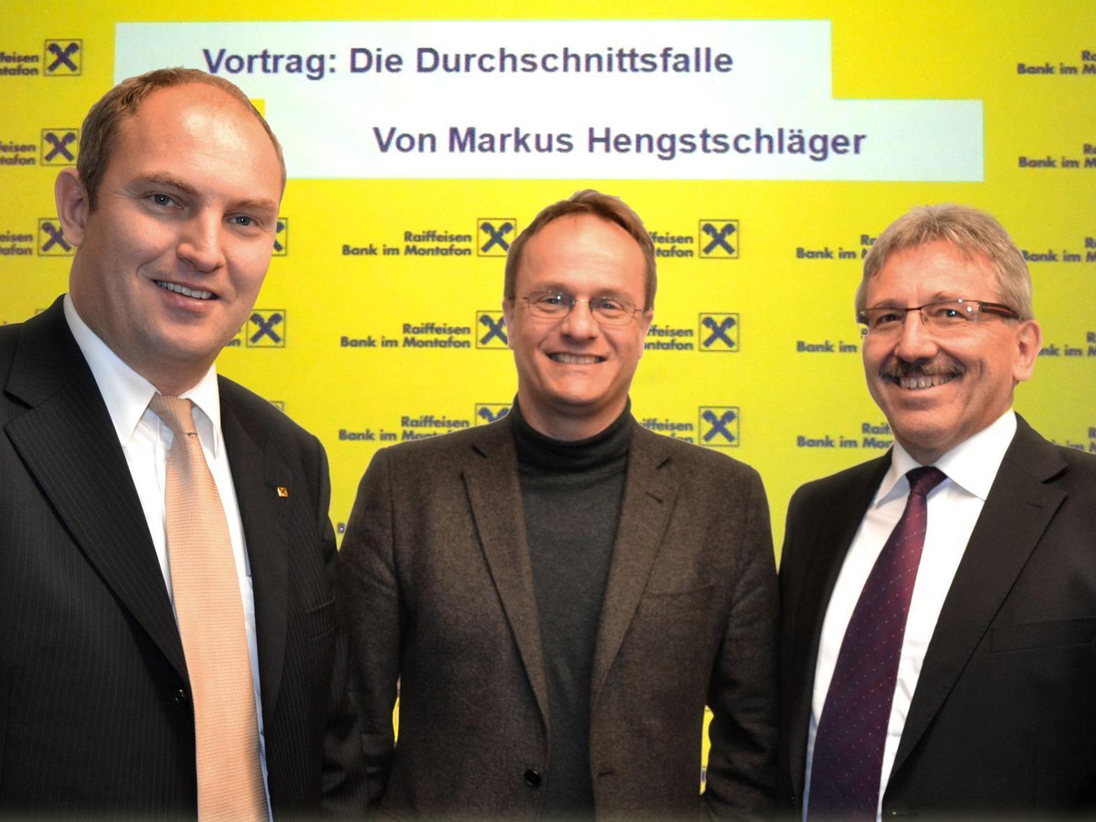 (v.l.:) VDir. Stefan Wachter, Univ.Prof. Mag. Dr. Markus Hengstschläger, VDir. Günter Fäßler.