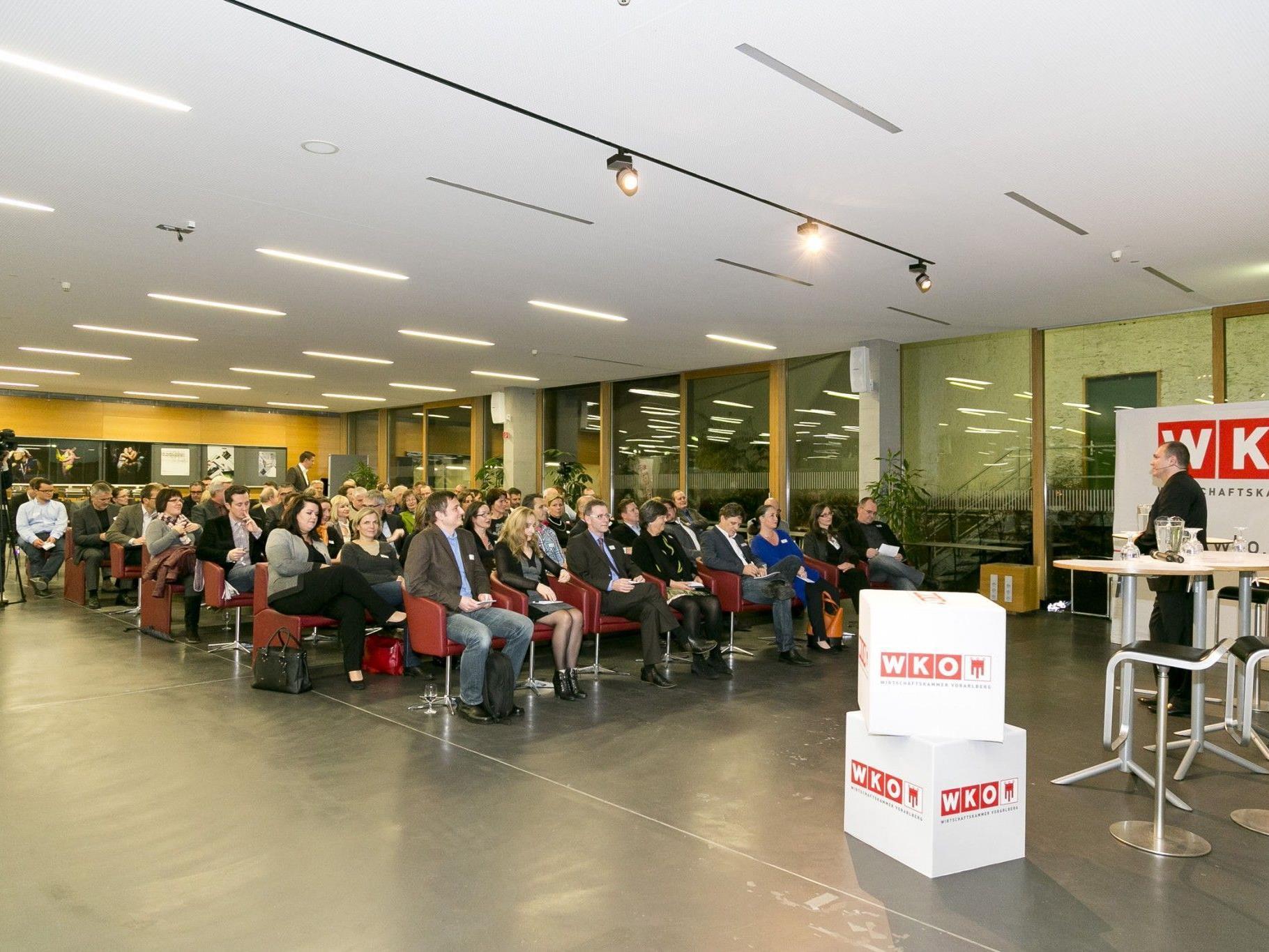 """Die """"Faktoren gelingender Beratung"""" diskutierten die Teilnehmer beim UBIT-Forum 2012."""