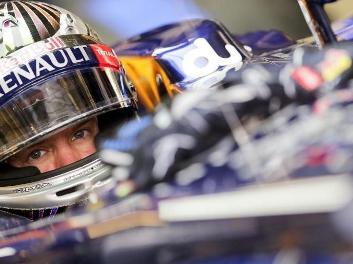 Sebastian Vettel lässt Alonso weit hinter sich zurück