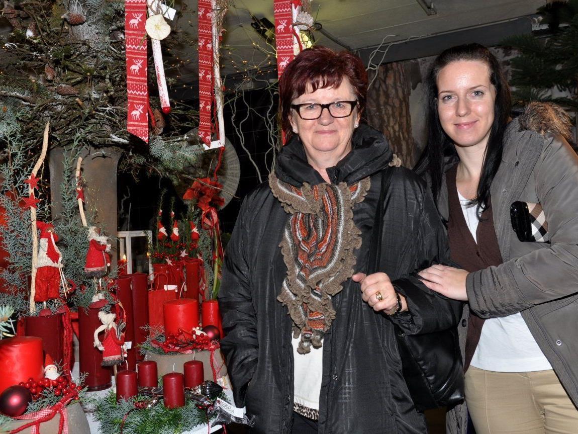 Wie Franziska und Angela Eberle zeigten sich viele Besucher von der tollen Ausstellung begeistert.