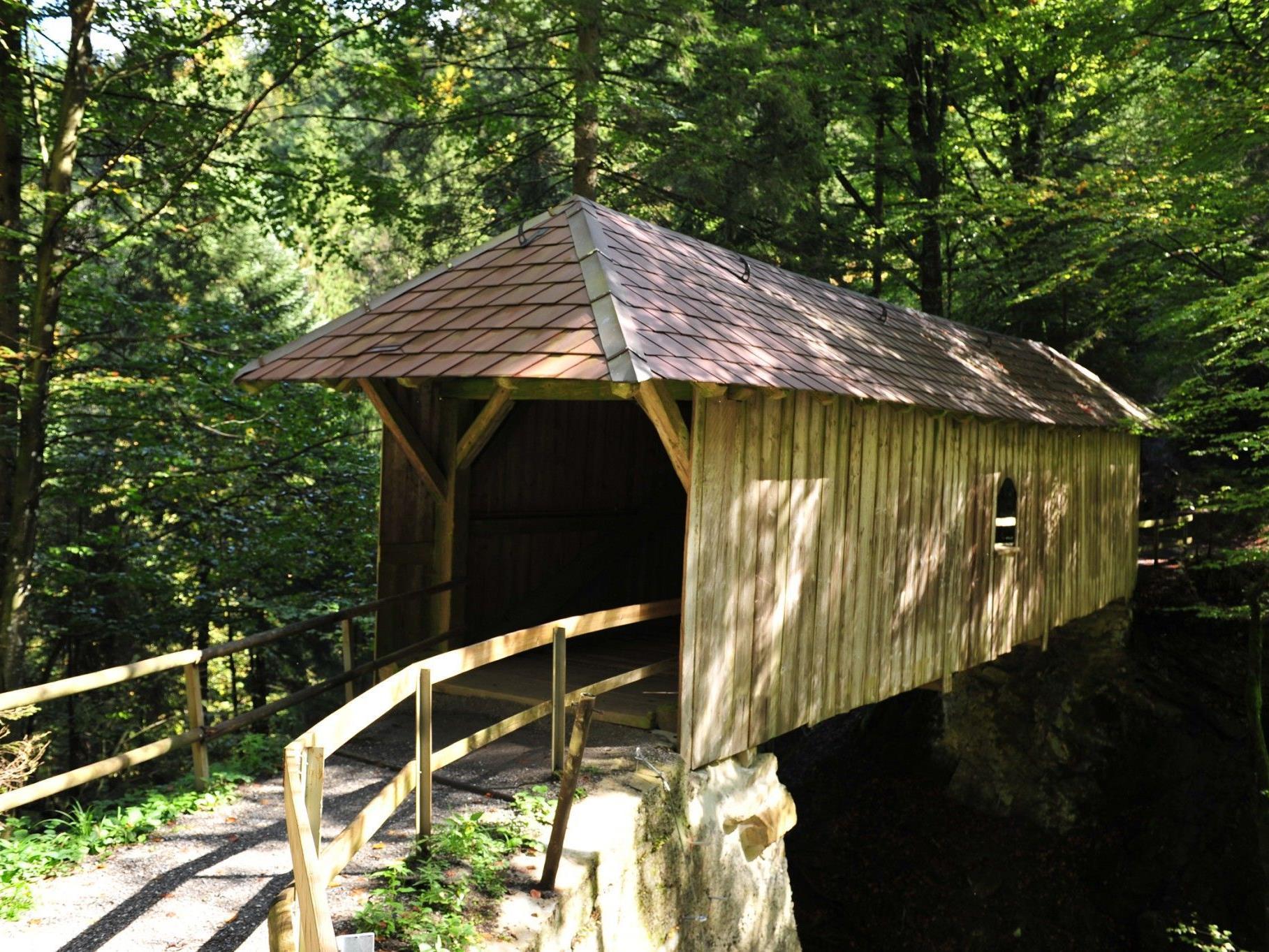 Der Weg über die Amannsbrücke ist bei den Wanderern beliebt.