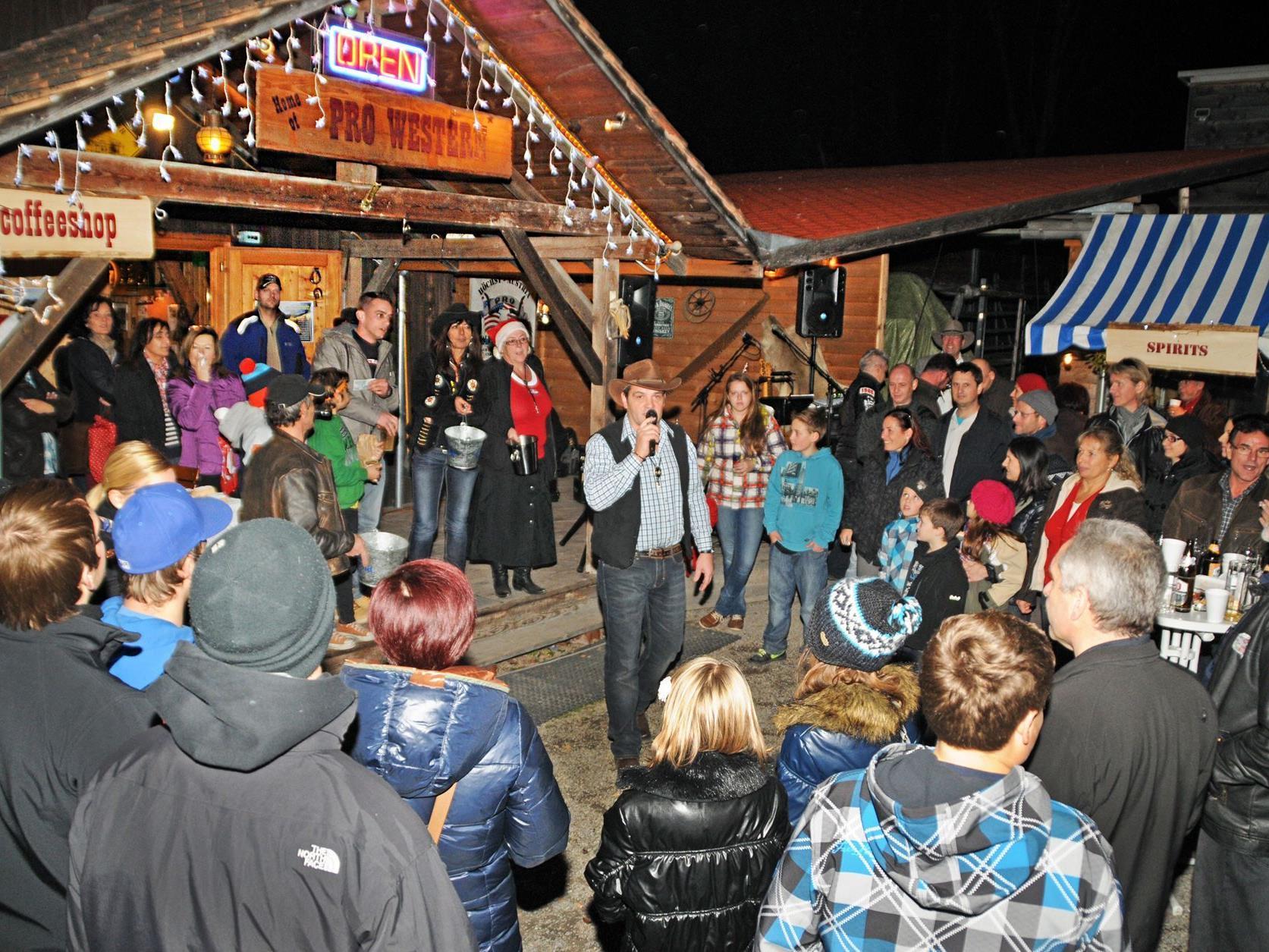 Viel Publikum beim Weihnachtsmärktle von Pro Western Höchst.
