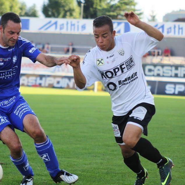Der erst 16-jährige Mittelfeldspieler Felipe Dorta zog sich einen Kreuzbandriss zu und fällt lange aus.
