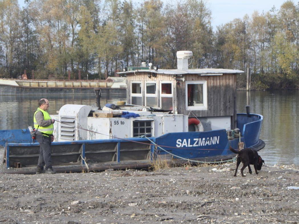 Heiße Spur im alten Kalb & Bonetti-Hafen.