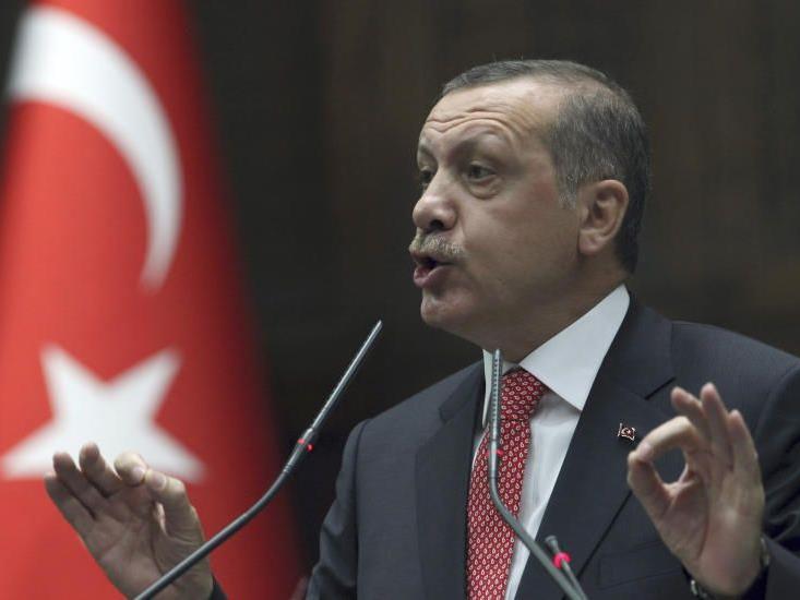 Türkischer Ministerpräsident könnte sich Todesstrafe in der Türkei vorstellen.