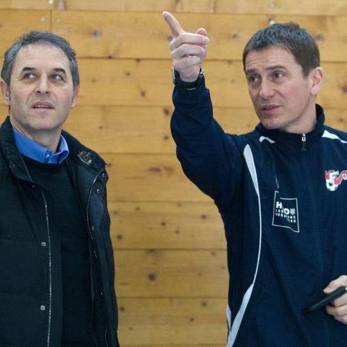 AKA-Sportchef Andreas Kopf mit Teamchef Marcel Koller sprechen über die sportliche Entwicklung.