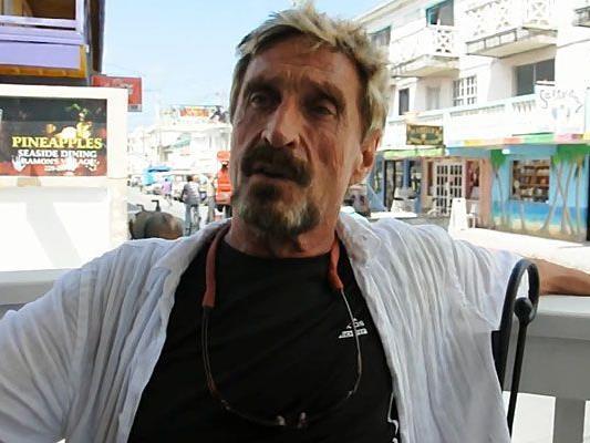 John McAfee wird in seiner Wahlheimat Belize gesucht.