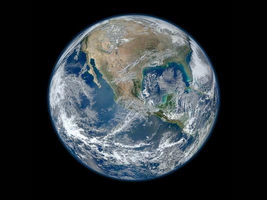 Noch einen Tag hat man Zeit, sich die Erde zu ersteigern