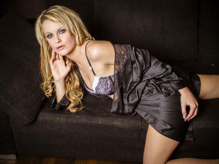Shelly-Jolie will sich in der Erotik-Branche einen Namen machen