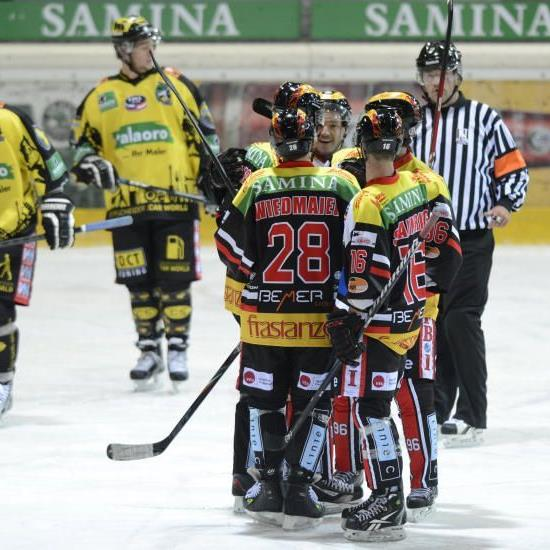 Die frastanzer VEU Feldkirch spielt innert 24 Stunden gleich zweimal und hofft auf Punkte.