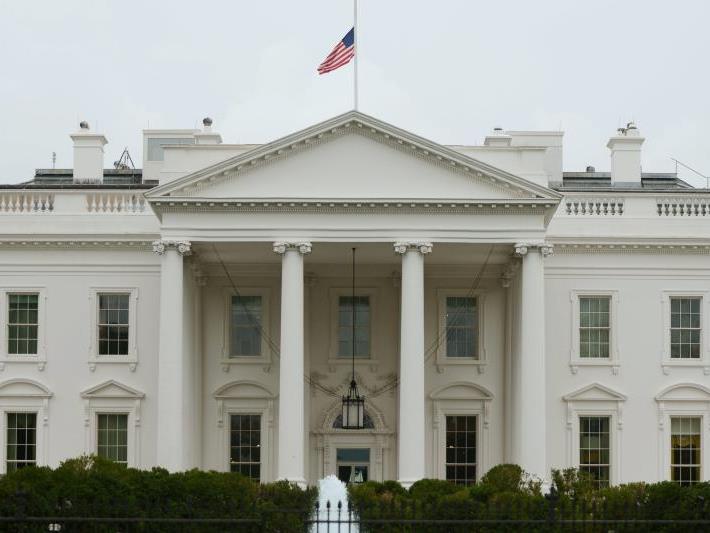 Das echte Weiße Haus blieb für Romney unerreichbar. Zum Glück gibt es Alternativen