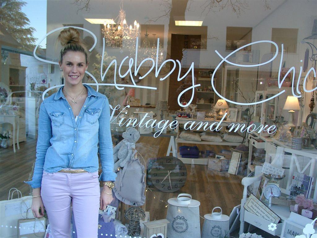 Sabrina Hofer-Hehle hat vor kurzem in Dornbirn das Geschäft Shabby Chic eröffnet.