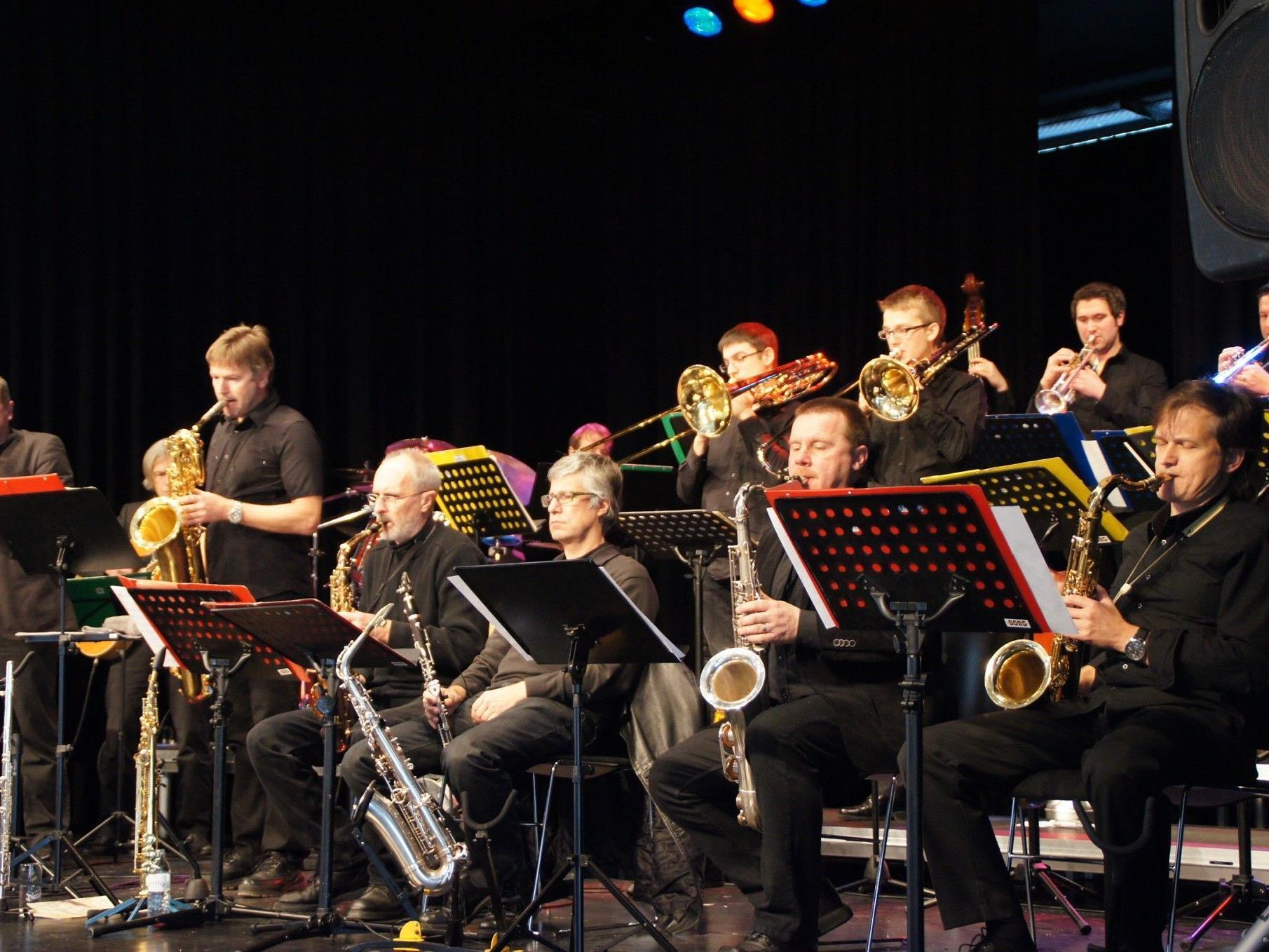 Die Swing Werk Big Band jazzte den Löwensaal!