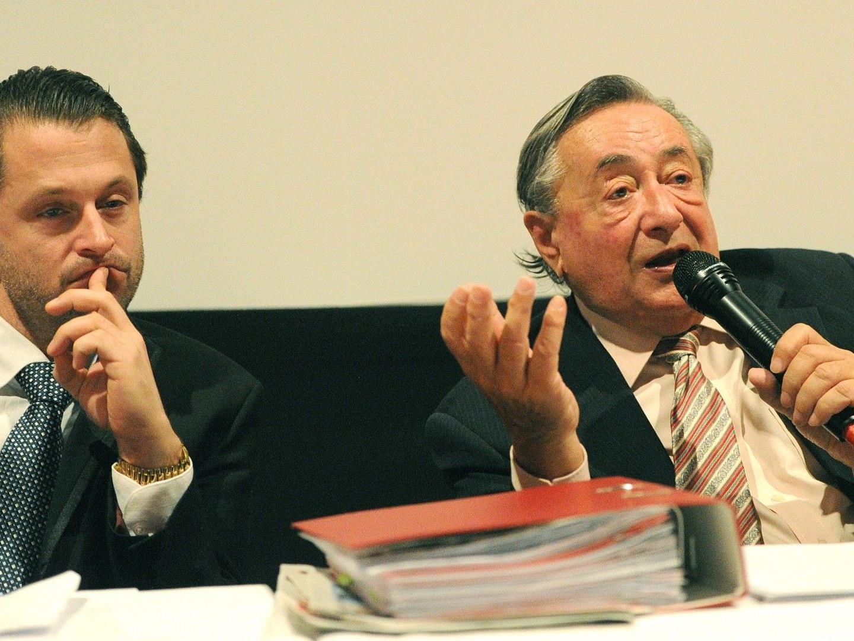 Richard Lugner und sein Anwalt zeigten nun die Spar-Filiale am Flughafen Wien-Schwechat erneut an.