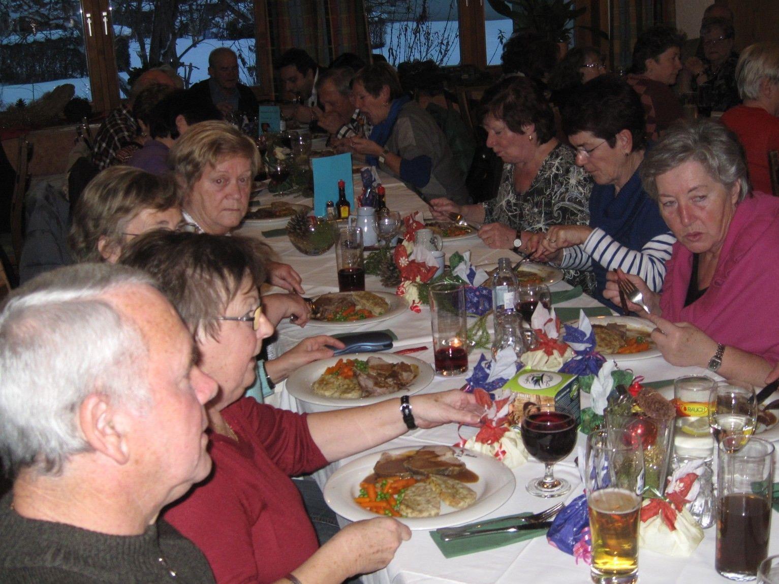 Der PVÖ Altach durfte zahlreiche Mitglieder bei der Weihnachtsfeier begrüßen
