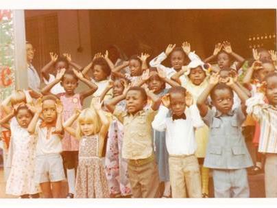 Nicole Kantner besuchte als Kind den Kindergarten in Tamale/Ghana, den sie heute unterstützt