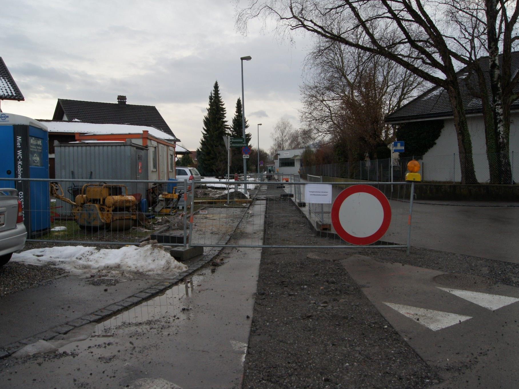 An der Brunnenau werden die Wasserleitungen erneuert.