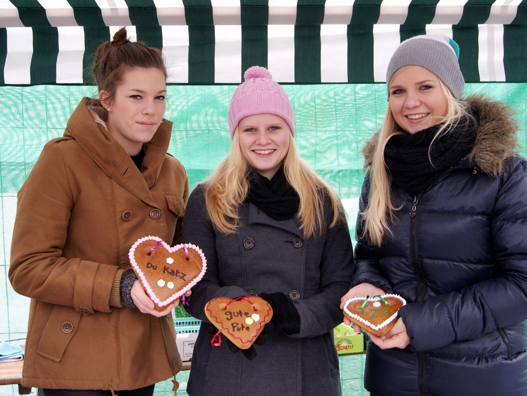 Mit dem Klosamarkt starteten die Bucher in den Advent.