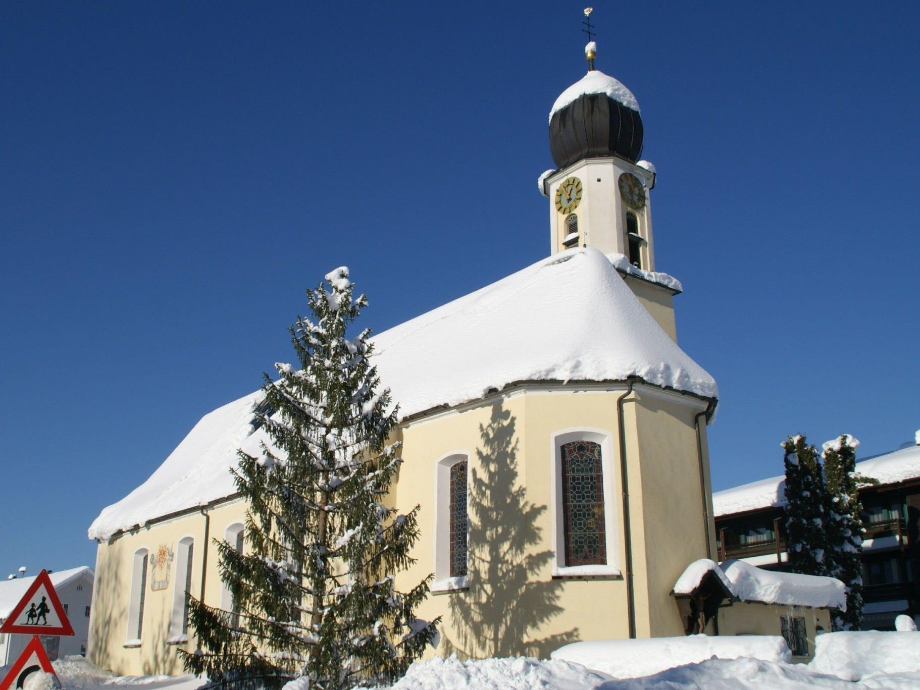 Großdorf hat eine eigene Pfarrkirche