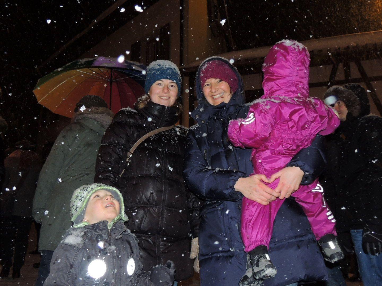 Fest  eingemummt macht auch das größte Schneetreiben Spaß