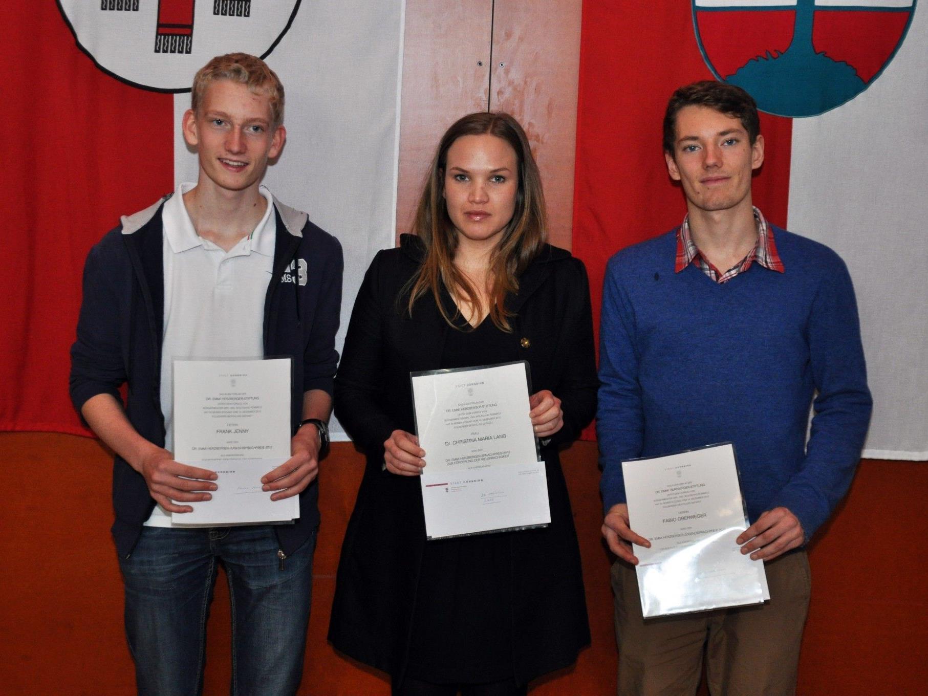 Die diesjährigen Gewinner des Dr Emmi-Herzberger-Sprachpreises Frank Jenny, Christina Maria Lang und Fabio Oberweger.