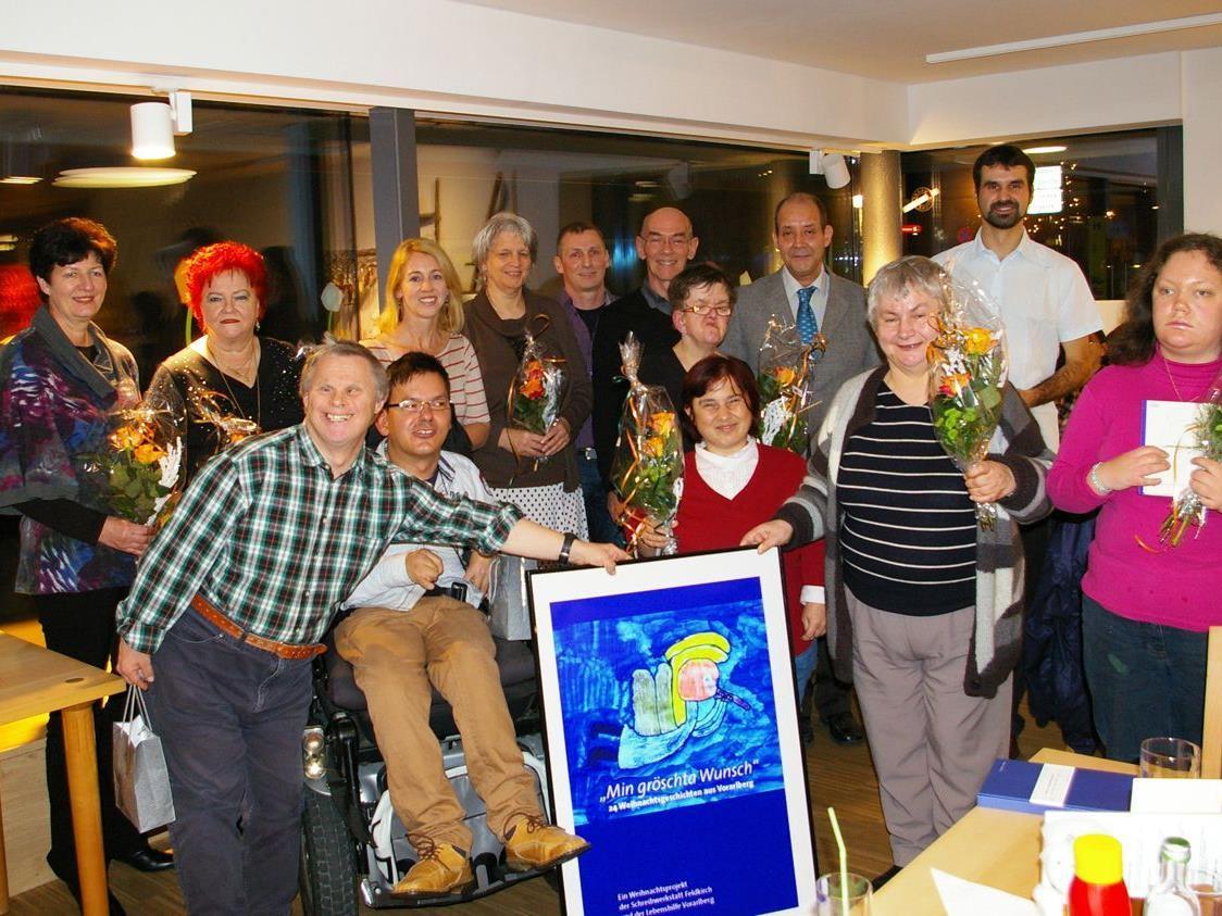 Bei der Buchpräsentation herrschte große Freude bei allen Beteiligten