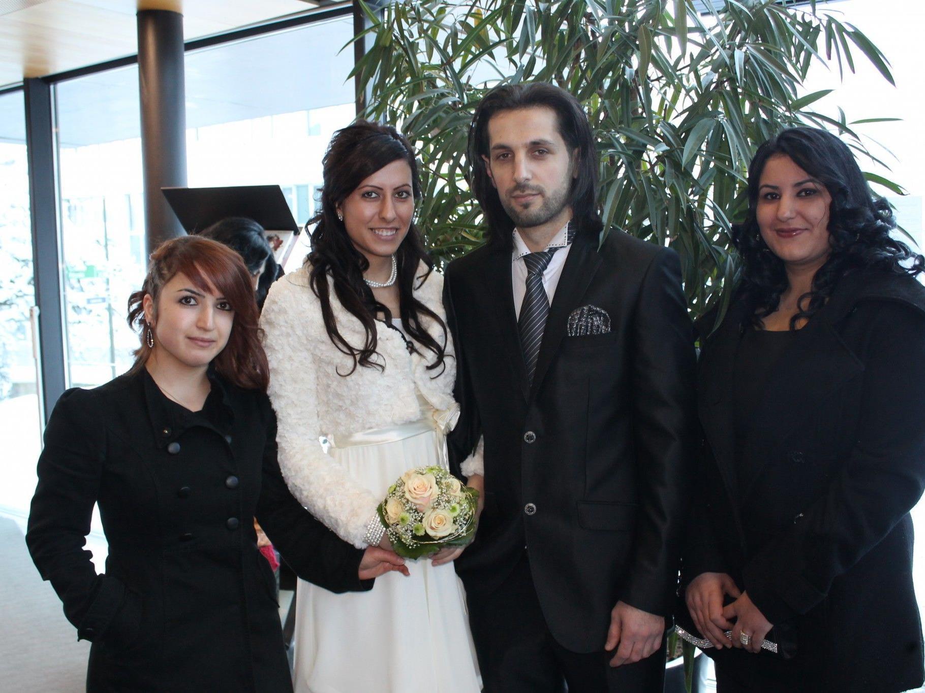 Ebru Zengin und Ali Pulat haben auf dem Standesamt in Nenzing geheiratet