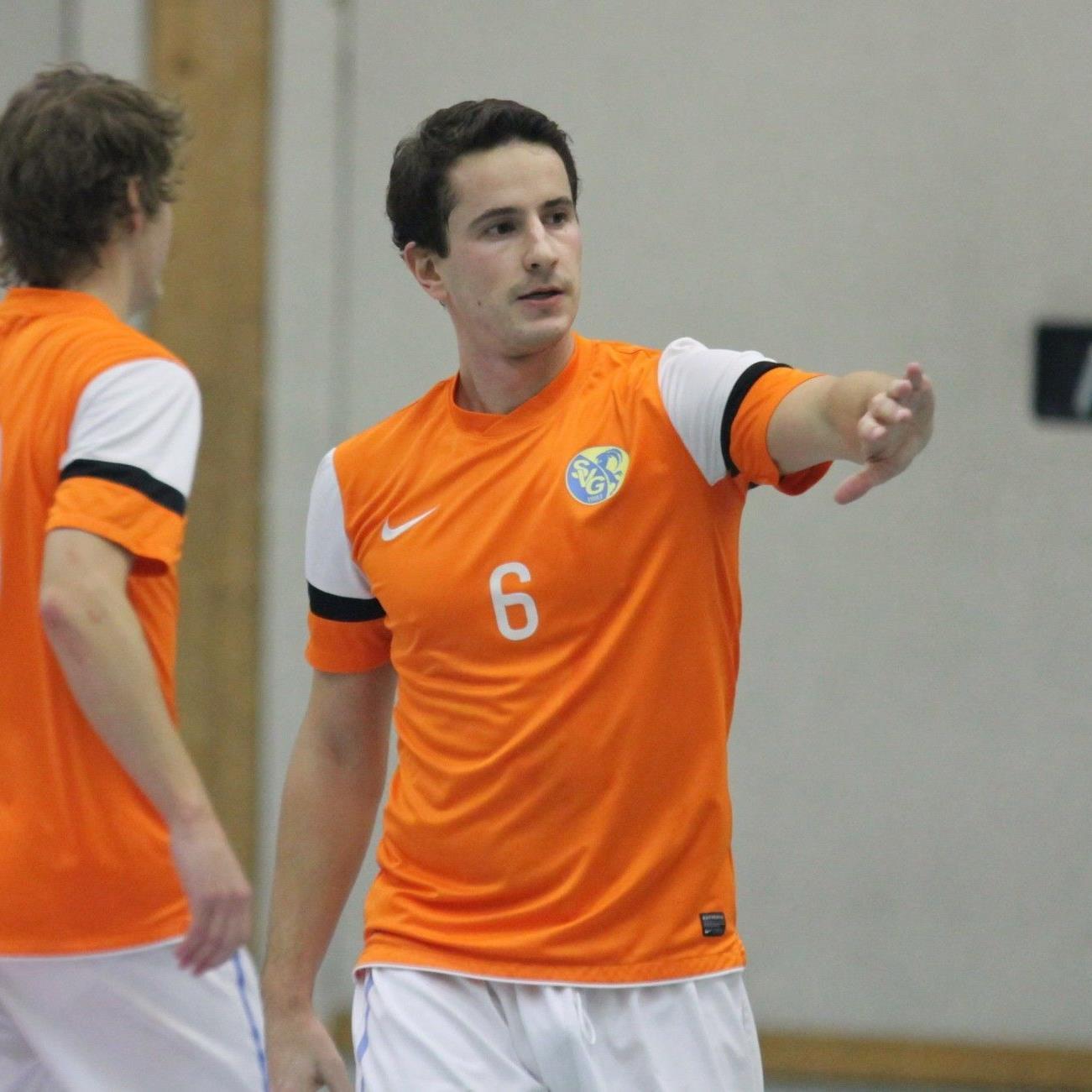 Masterspremiere für den SV Gaißau: Spielertrainer Bernhard Erkinger durfte mit seinem Team jubeln.
