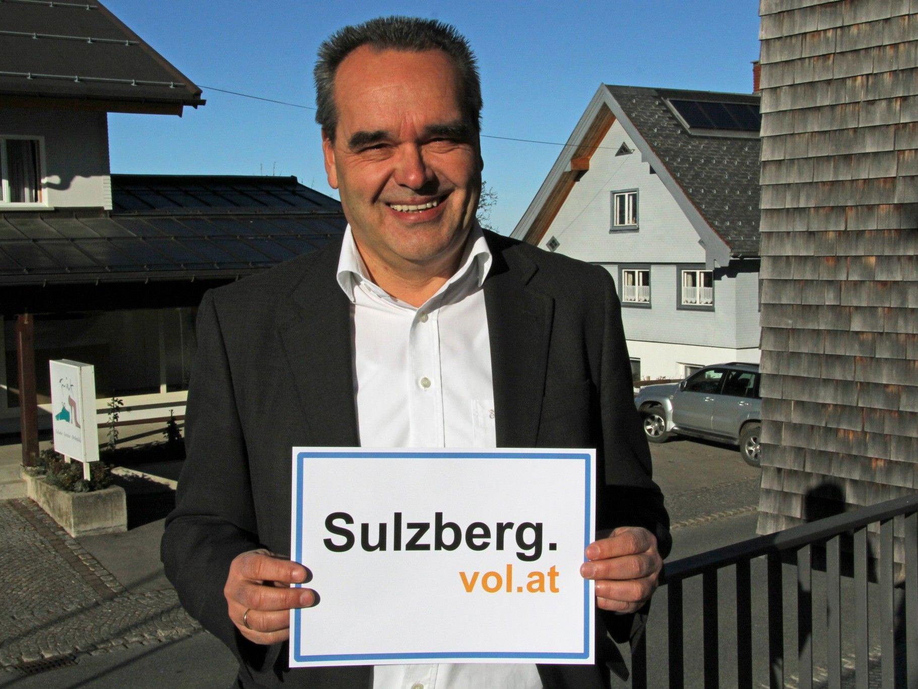 Bürgermeister Helmut Blank im Gespräch mit VOL.AT