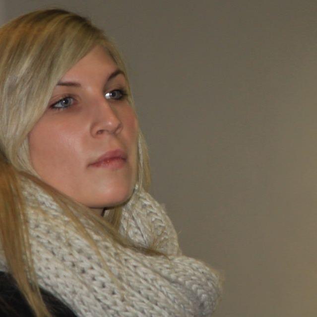 Viele junge, größtenteils charmante Frauen kommen täglich zum Wolfurter Hallenmasters.