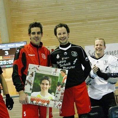 Michael Laritz gab im RHC Wolfurt Dress seine Abschiedsvorstellung gegen RHC Basel.