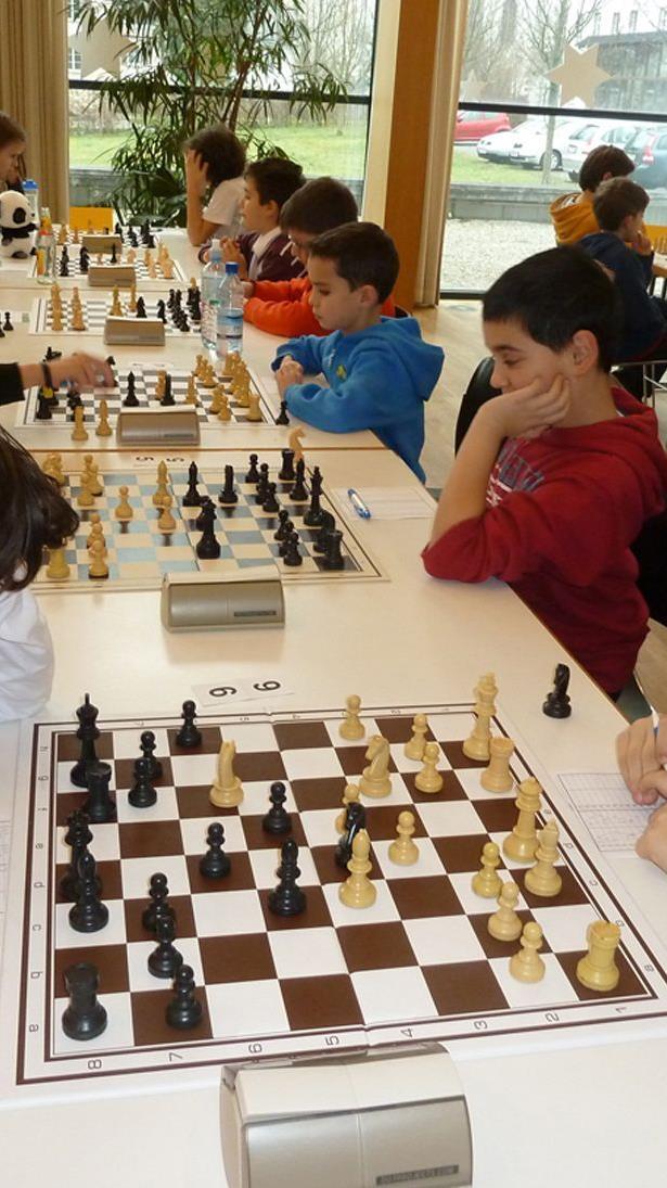 Die letzte Schacholympiade für Schüler und Jugendliche ging im Pfarrsaal St. Karl über die Bühne.