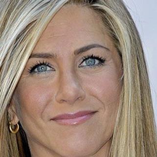 Jennifer Aniston beschwerte sich im Interview über Fotografen.