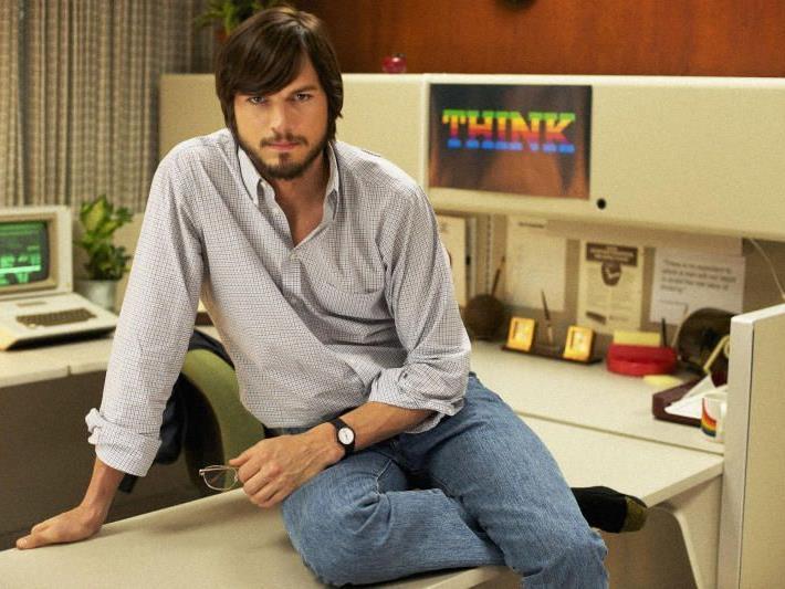 """Ashton Kutcher spielt den Visionär in """"jOBS"""", Premiere ist Mitte Jänner."""