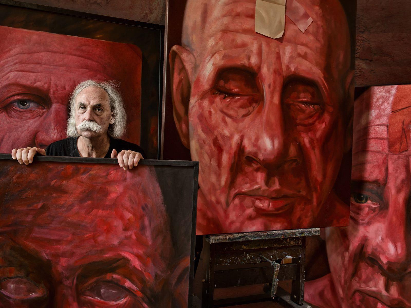 Den Wolfurter Künstler Armin Mangele hat Frederike Aiello eindrucksvoll aufs Bild gebannt.