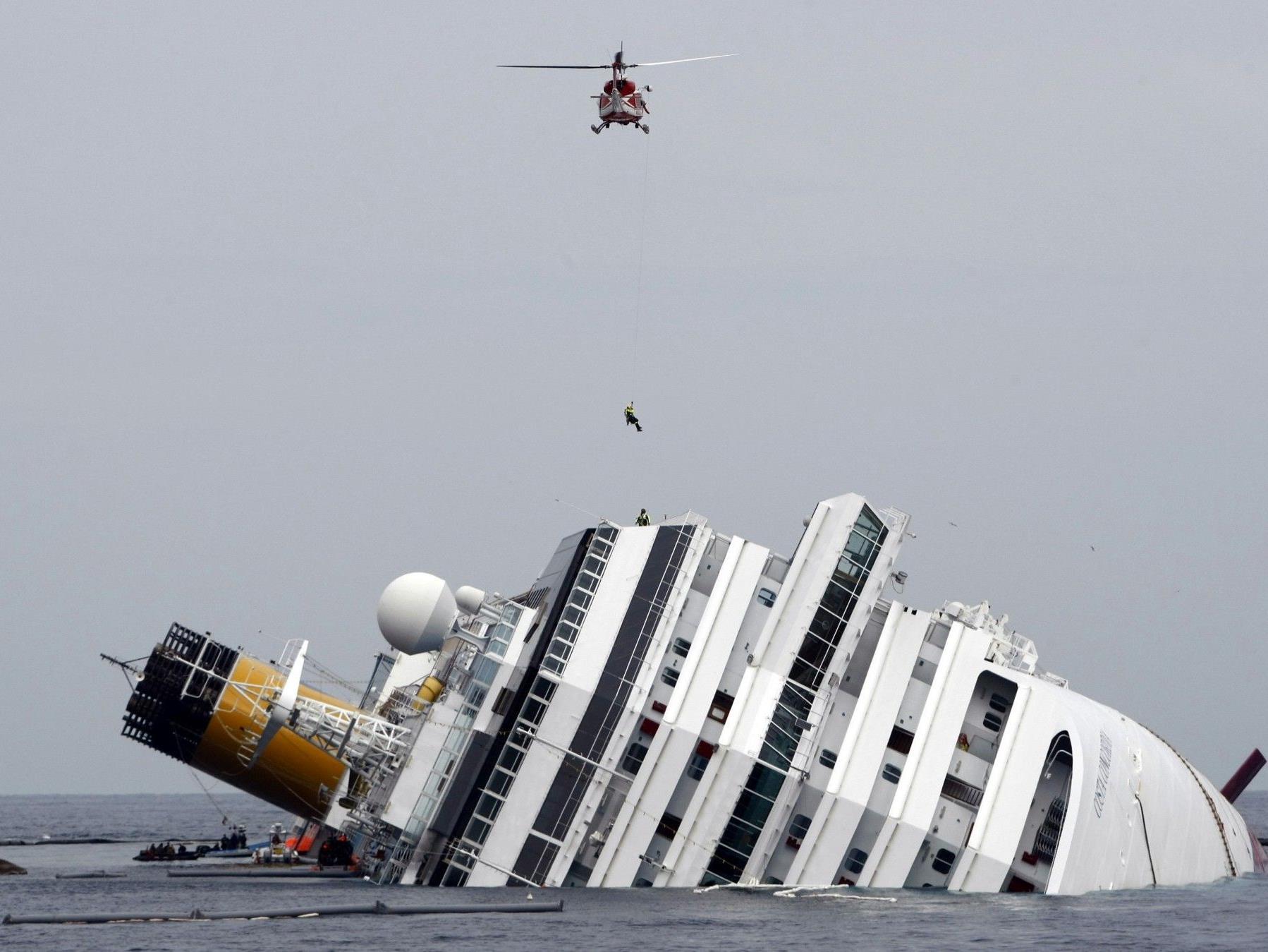 """Unter den Touristen, die mit dem verunglückten Kreuzfahrtschiff """"Costa Concordia"""" unterwegs gewesen waren, war auch der Salzburger Bürgermeister Heinz Schaden."""