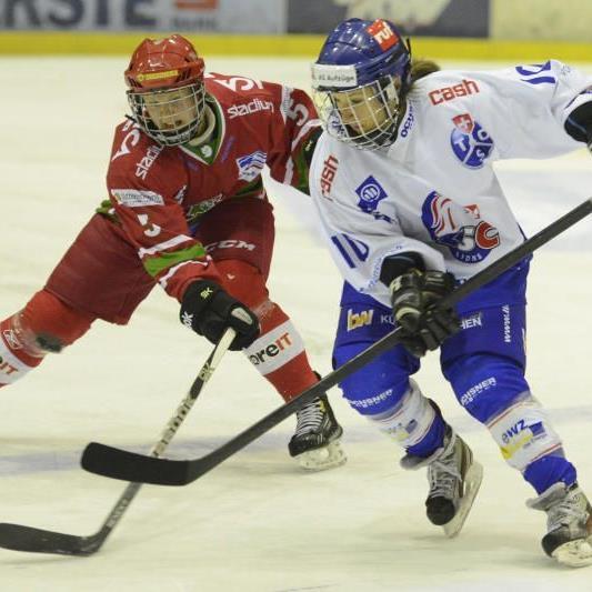 Die Dornbirner Eva Schwärzler steht mit Zürich zum zweiten Mal im CL-Finalturnier im Fraueneishockey.