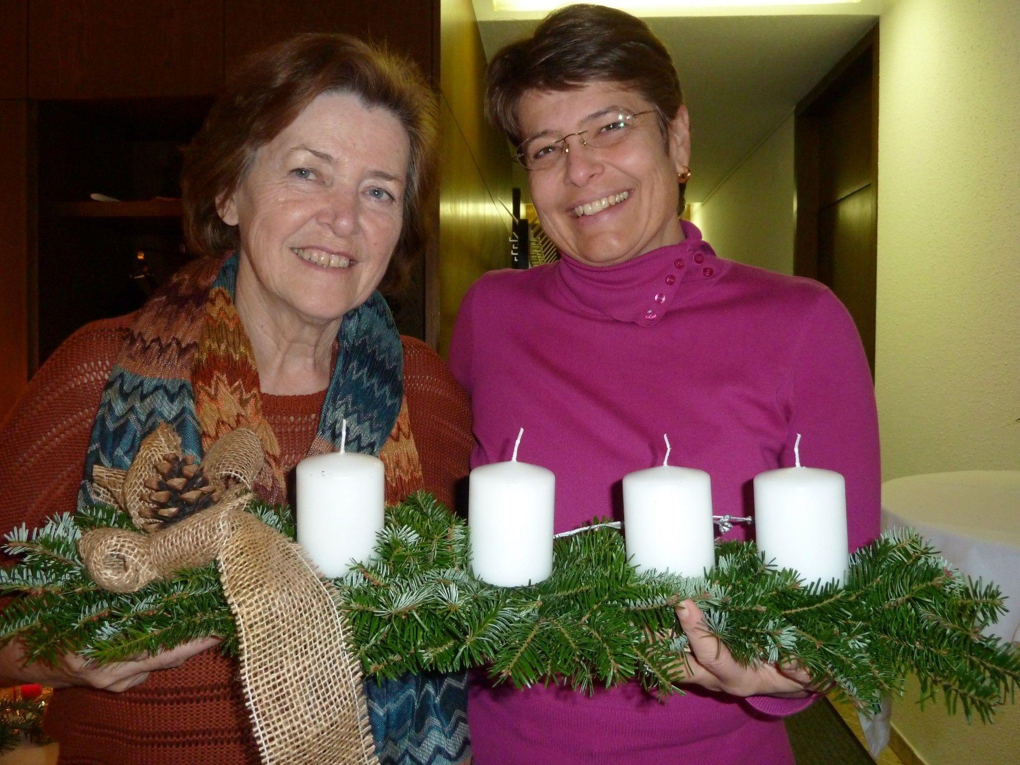 Sonja Plitzner und Maria Berger vom Arbeitskreis Mission und Solidarität.