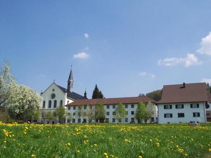 Das Kloster Gwiggen will auf nachhaltige Landwirtschaft umstellen.