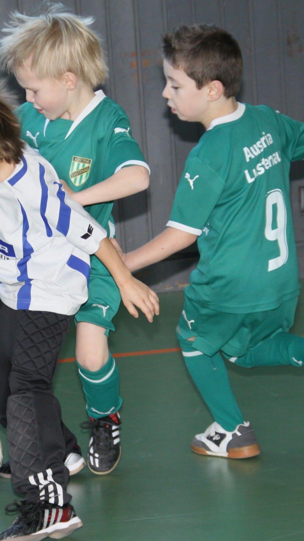 Die jüngsten Kicker (U-7) sind am Samstag ab 9 Uhr in der Herrenriedhalle im Einsatz.