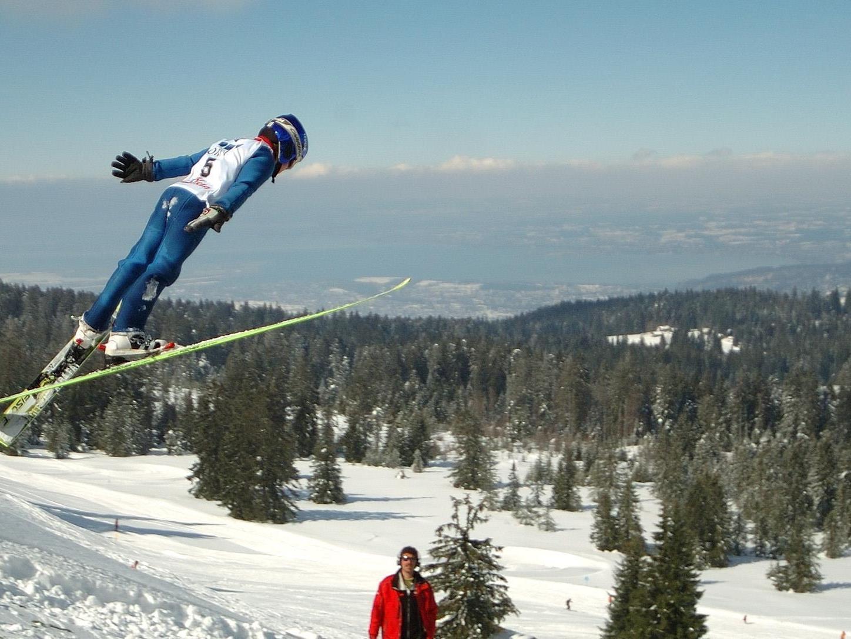 Toller Saisonauftakt für den Skispringer Patrick Streitler in Seefeld mit Rang vier und acht.