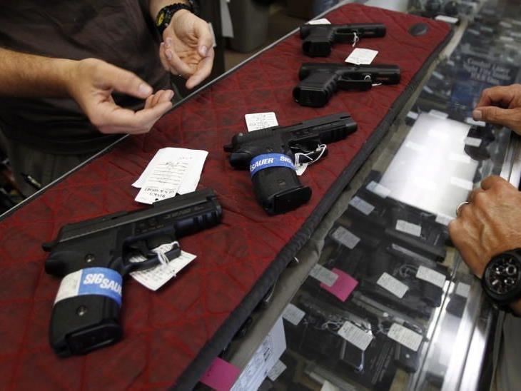 Ohio lockert das Waffenrecht und erleichtert das Tragen von verborgenen Waffen.