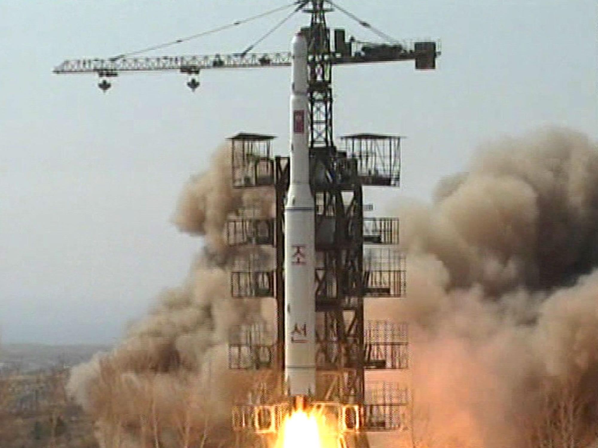 Iran/Nordkorea: Offenbar bilaterale Zusammenarbeit in Raketen- und Atomtechnik verstärkt.