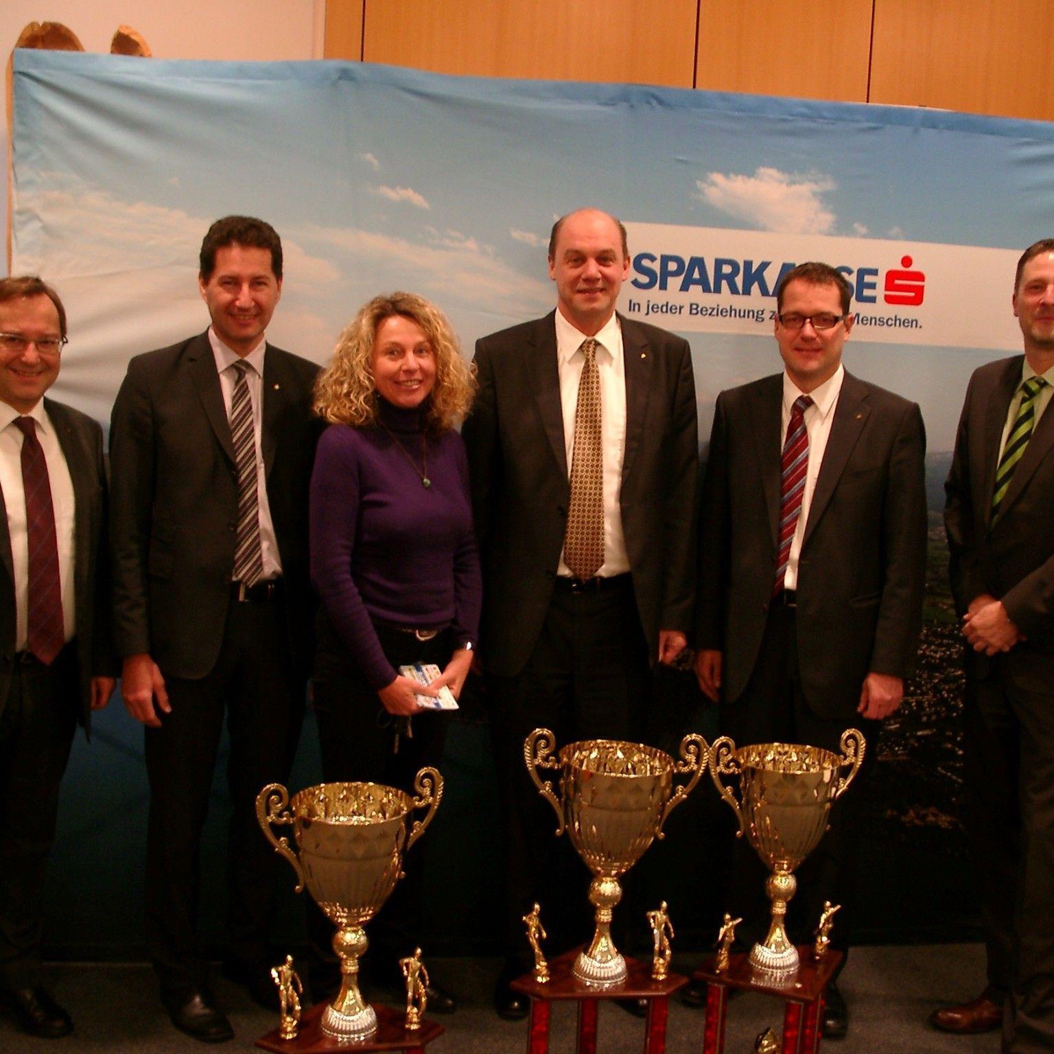 Zum 14. Mal sind die Vorarlberger Sparkassen der Hauptsponsor beim Wolfurter Hallenmasters.