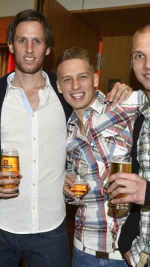 Julian Erhart, Philipp Netzer und Christoph Schösswendter feierten mit der SCRA-Familie.