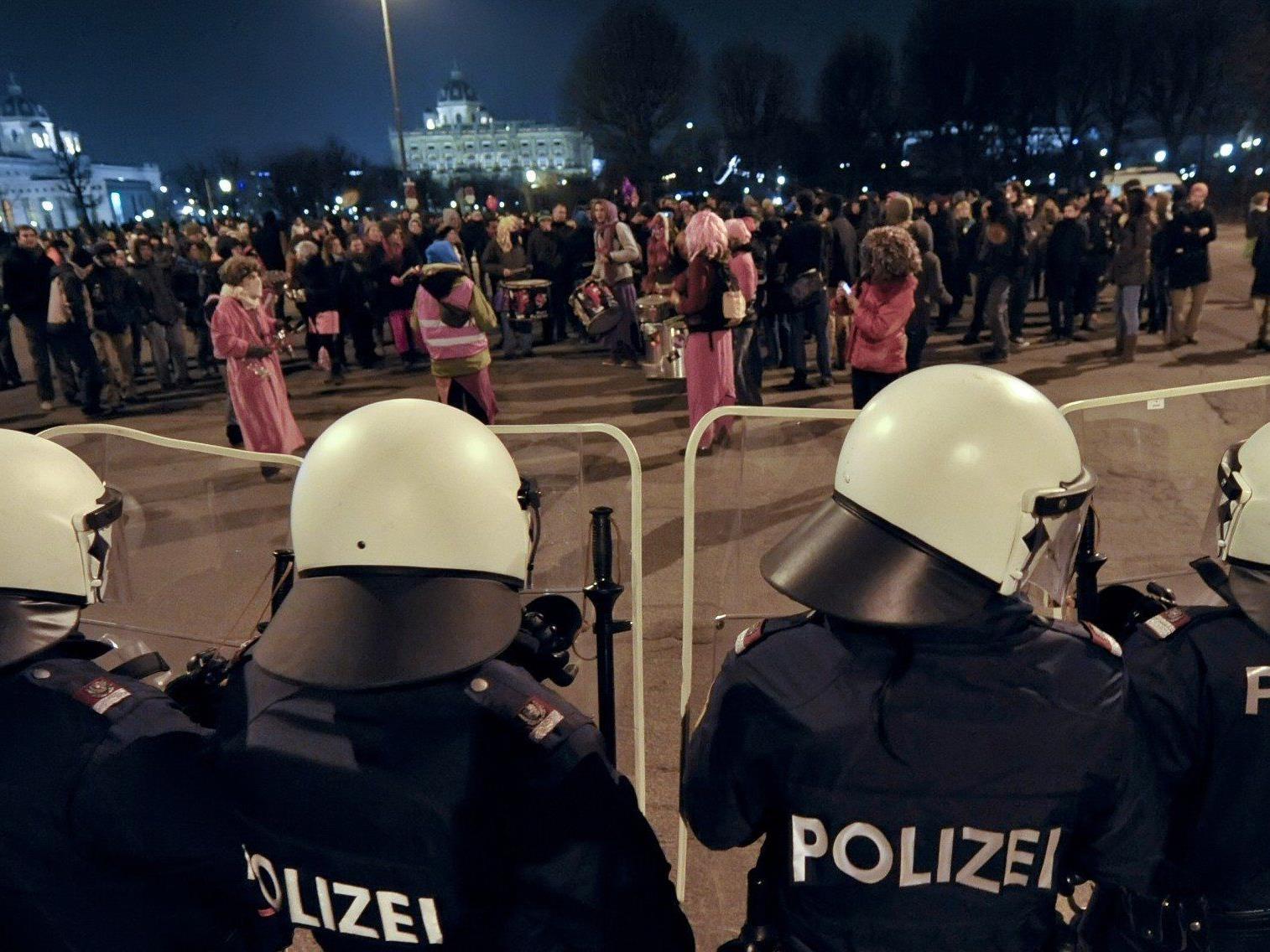 Auch am 1. Februar wird wieder gegen den Akademikerball in Wien demonstriert.