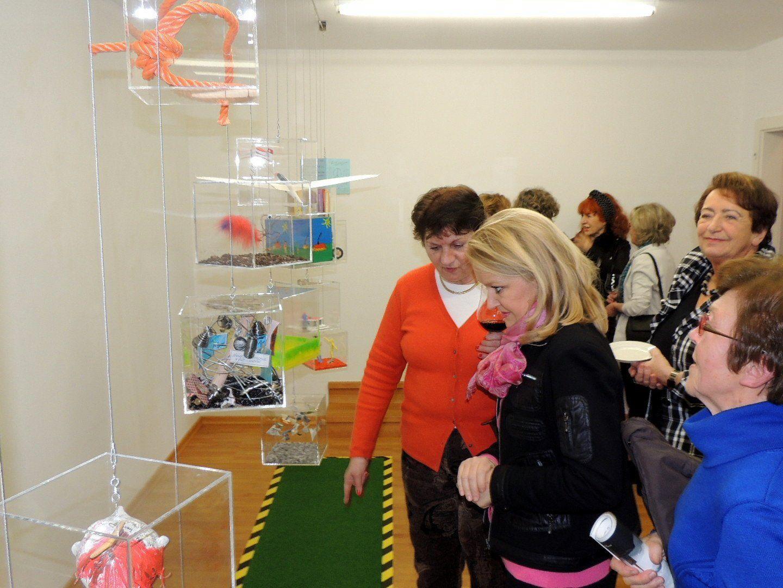 Zahlreiche Gäste folgten der Einladung in die Hospiz Galerie in Bregenz